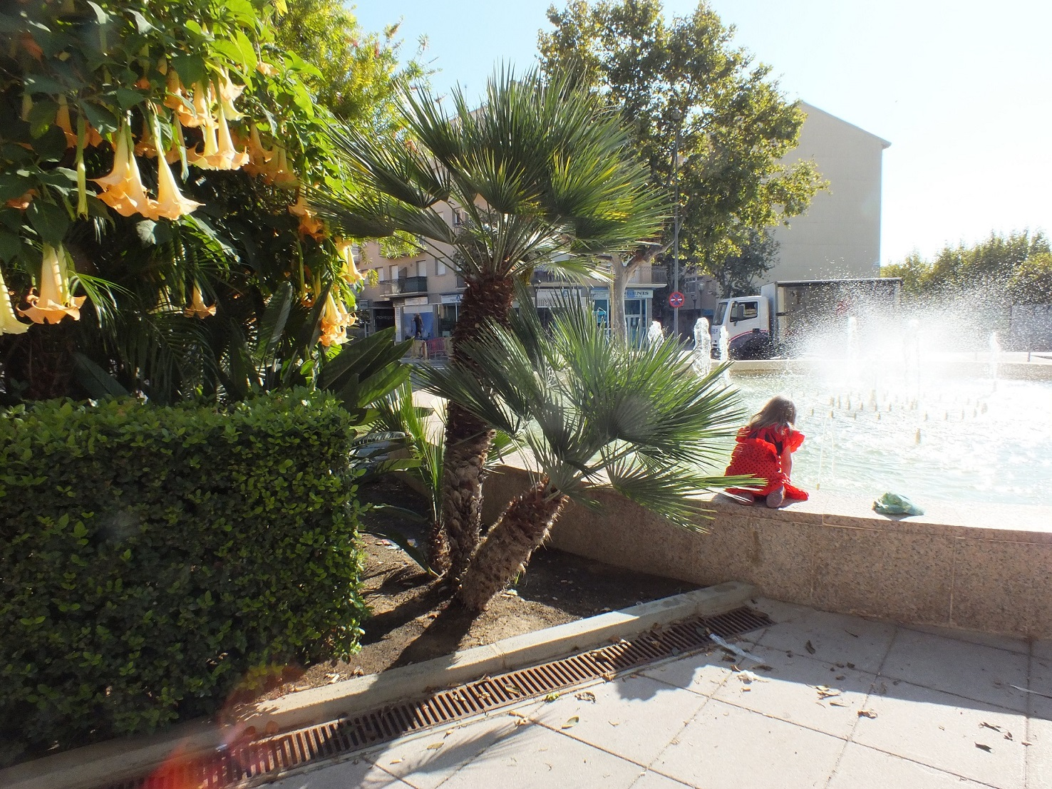 Cambrils fountain2