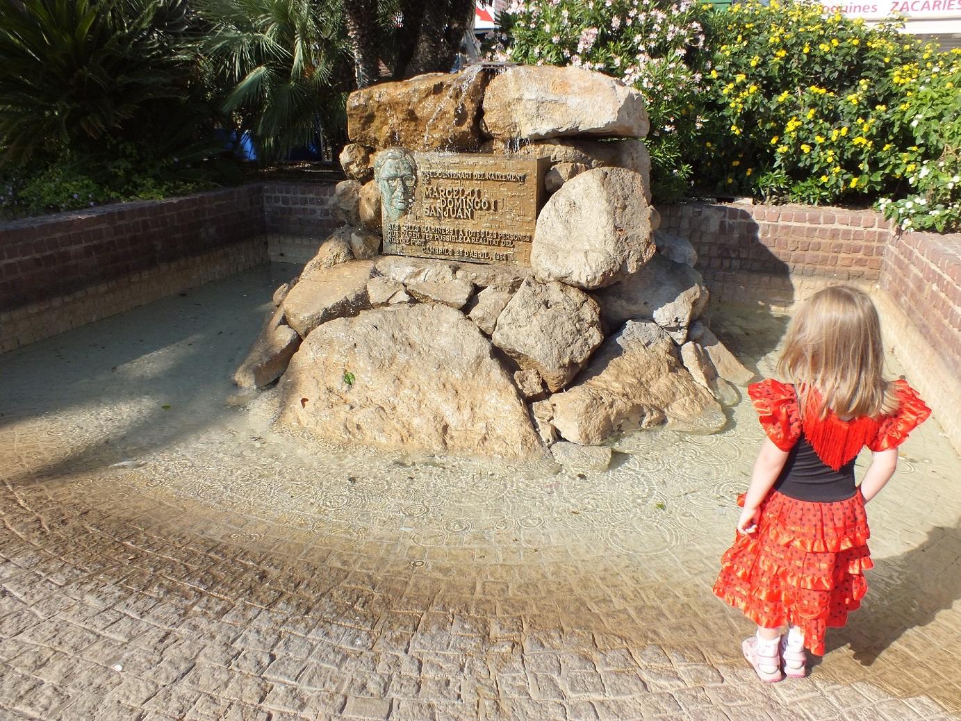 Cambrils monument to Marcelli Domingo SJ