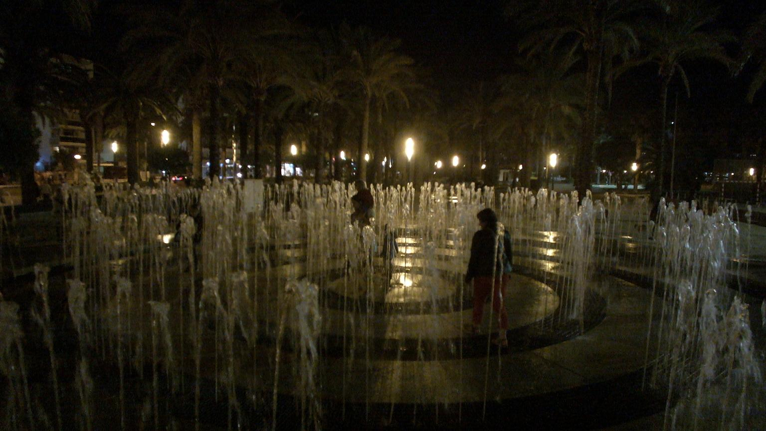 Salou labyrinth fountain2