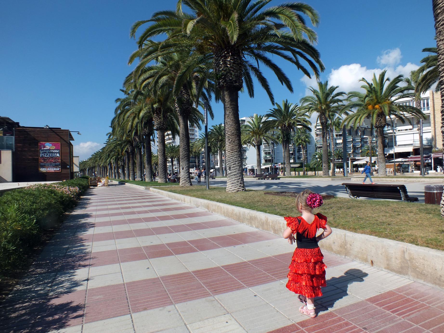 Salou_walking